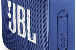 L'enceinte JBL Go 2 de couleur bleue